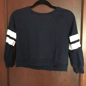 Tops - Sweatshirt Crop top